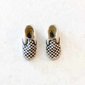 Vans Classic Checkboard SlipOns